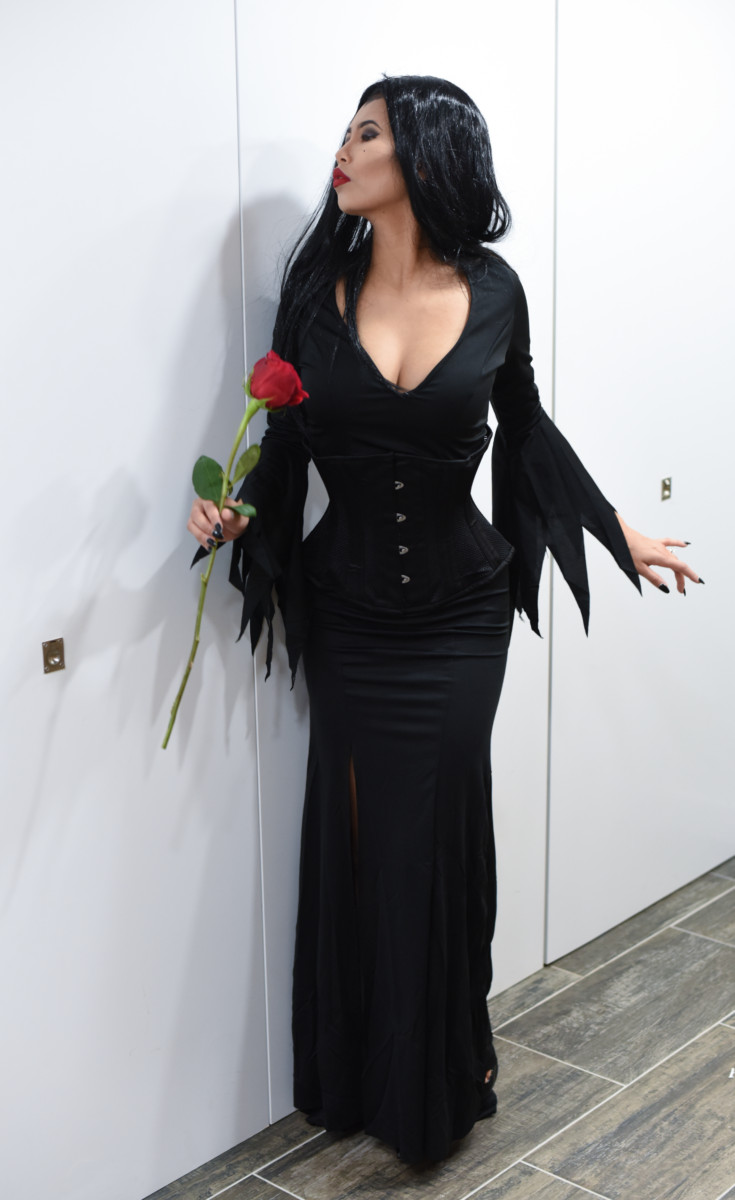 happy halloween! morticia addams costume - rings a belle